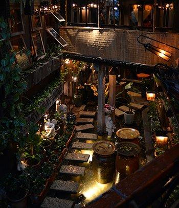 16i1-Tram-Cafe-Saigon-350.jpg