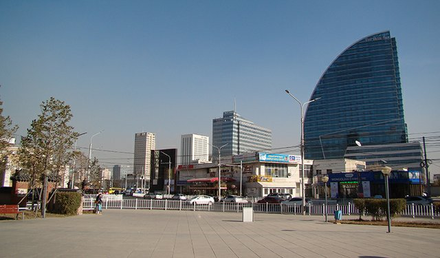 Downtown_Ulaanbaatar-800.jpg