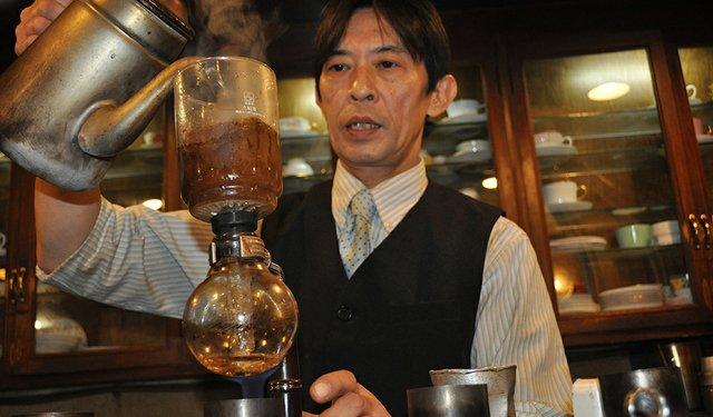 17i1_Owner_Tanaka_2.jpg