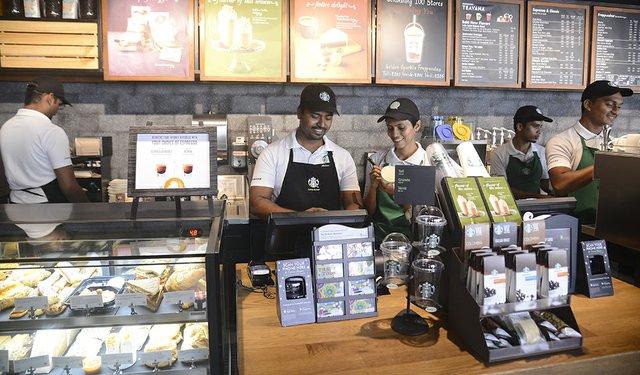 17i6_Starbucks_India