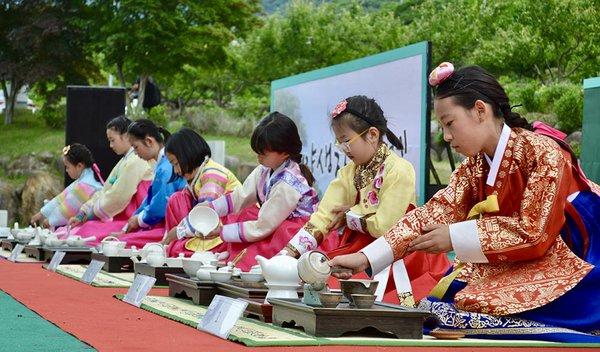 18i4_Korea_JiriMountain-6