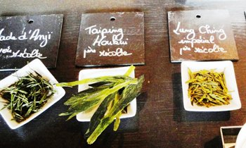 tea-15i1_ART_FrenchTeaMarket_Dammann spring tea tasting conference.jpg