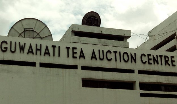 Newsletter-624x366-TeaAuction.jpg